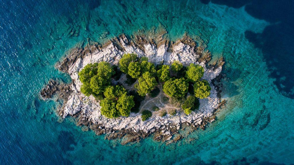 Хорватия (Фото sebastiangoessl Pixabay)